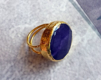 Handmade purple round agate ring - gold plated semiprecious gemstone