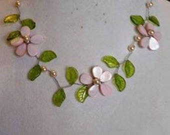 Flower & Leaf Necklace