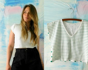 90s Striped and Polka Dot Crop Top // 1990s V-Neck Cotton Crop Top // 90's Womens Tank Top // Short Sleeve Tee / Funky Polka Dot Striped Top