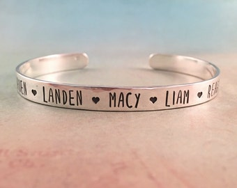 Christmas Gift for Mom, Mothers Bracelet with Names, Mothers Birthday Gift, Mothers Jewelry, Personalized Mothers Bracelet, Red Fern Studio