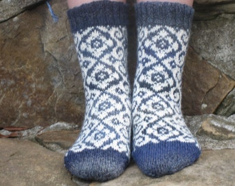 Hand Knit Socks, Merino Wool, Flower, Rose, Fair Isle - Blue, White, womens 7, 8, Norwegian, Scandinavian, fairisle