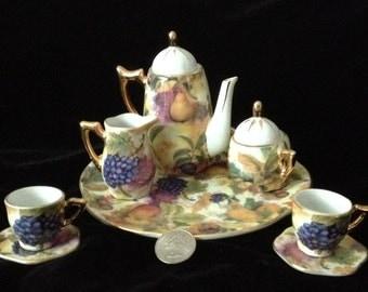 Diminutive China Tea Set