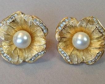 Chr Dior Gold Tone Faux Pearl Rhinestone Pierced Earrings