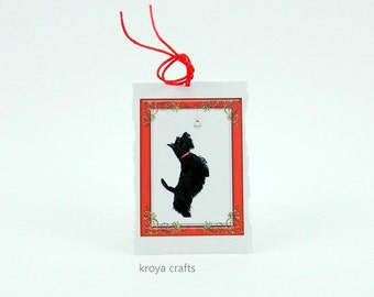 Scottish Terrier Printed on Deckle Edge Folded Blank Inside Mini Paper Tag | Scottish Terrier in Christmas Red Frame on Rough Edge Small Tag