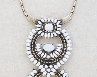 White Statement Necklace, Gold Statement Necklace, White and Gold, Statement Jewelry, Bold Necklace, Chunky Necklace, Boho Necklace, Boho
