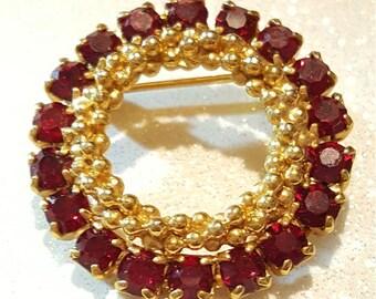 Beautiful Vintage Red Rhinestone Goldtone Pin Brooch