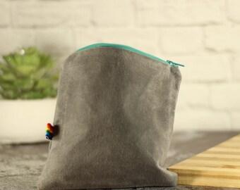 Zipper Pouch - Reusable Snack Bag - Hand Waxed Bag - Reusable Sandwich Bag - Waxed Canvas Bag - Eco Friendly -  Snack Bags  - Zipper Bag