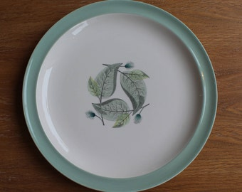 Wedgwood Woodbury 9 and a quarter inch plate