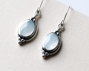 925 Sterling silver Oval Drop Earrings, Dangle Earrings, MOP Earrings, Mother of Pearl Earrings, Gift for Her