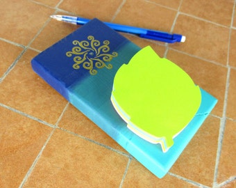Blue sticky note holder - Hand painted notepad  - Wooden memo pad - Colorful stationary - Office gift with sun symbol - Gift for student