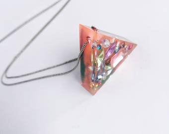 Resin Triangle Gemstone Necklace, Triangle Resin Pendant, Geometric Resin Neclace, Gemstone Necklace