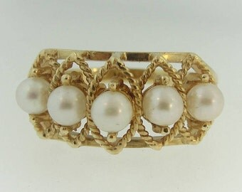 Antique Pearl Statement Ring- 10k Yellow Gold