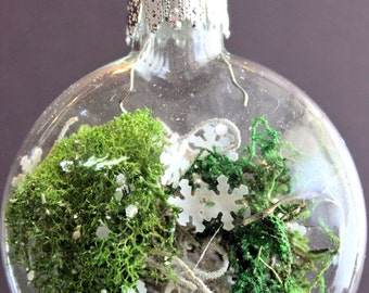 Moss Garden Ornaments- set of 3, winter wedding, preserved moss terrarium ornaments, snowflake ornaments, winter decor, winter garden, moss