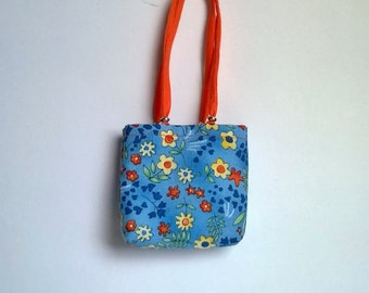 Barbie bags and shoppers in blue with flowers pattern