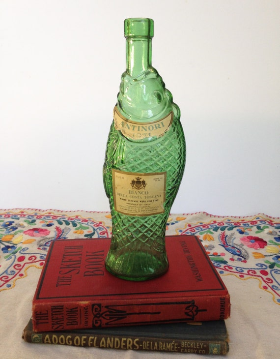 Vintage green fish bottle antinori 1973 wine bottle green for Fish wine bottle