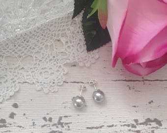 Grey pearl stud earrings, sterling silver earrings, sterling silver jewelry, bridesmaid gifts, mothers day gift, anniversary gift for her,