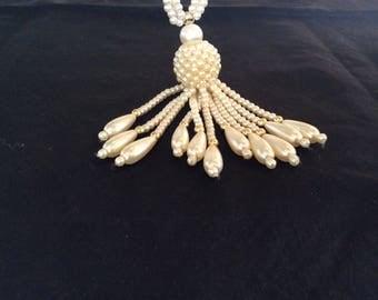 SALE!! Necklace pearls/Tassle/vintage