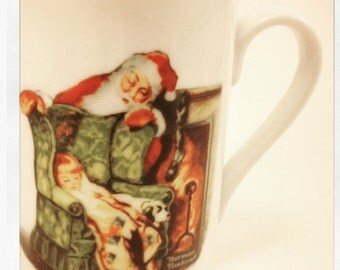 "Norman Rockwell Porcelain Cup 198 ""Waiting For Santa"" Rockwell Museum 22k Gold Trim"
