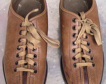 VINTAGE BRUNSWICK BOWLING Shoes