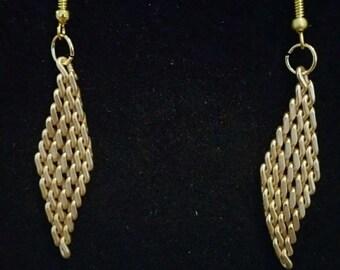 0140-Gold Tone Mesh Earrings