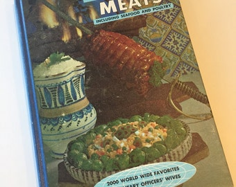 Vintage Cookbook - Recipes on Parade Meats - Worldwide Recipes - Military Wives Recipes - 1960s Cookbook - Vintage Kitchen - Vintage Recipes