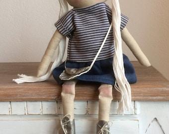 Dolly doll goldy
