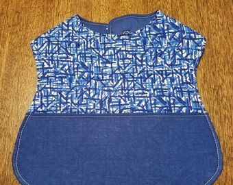 Reversible Baby Bib with Pocket Blue and White