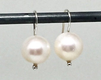 Pearl Earrings White Pearl Earrings Silver Pearl Earrings Minimalist Earrings June Birthstone Bridal Womens Gift for Her Wife Girlfriend