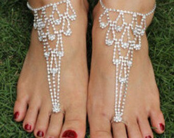 Pair of Graduated Diamante Barefoot Sandal Anklets BJ6007i