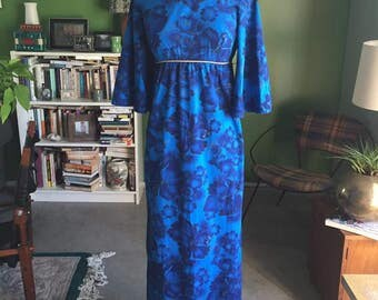 60's-70's Style Hawaiian Scoop Neck Dress Blue, Black and Gold Butterfly Wing Sleeves VLV