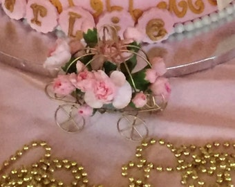 Gold Princess Cinderella Wire Carriage Coach Centerpiece for Fresh Flowers