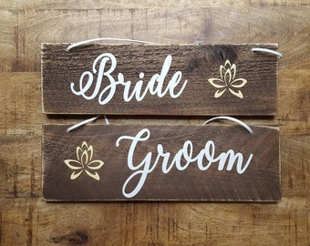 Bride and Groom Chair Signs. Rustic Wedding Chair Signs. Wedding signs. Mr and Mrs.