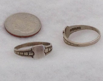 Signet Rings, Vintage, Edwardian style, sterling silver - Sizes 2.5 to 7.