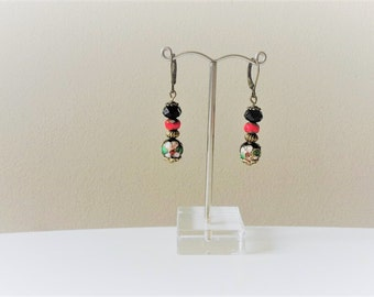 Dangling earrings with pearls color bronze/black/red