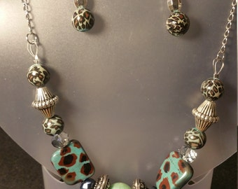 Turquoise leopard skin necklace/earring set
