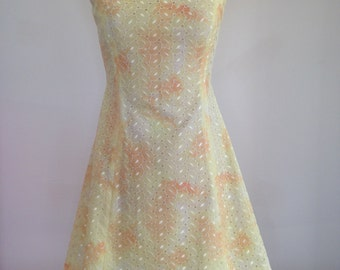 Size 8 yellow vintage princess line broidery sundress