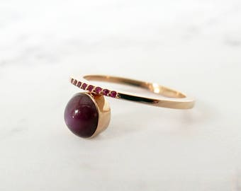 Ruby engagement ring, Star ruby ring, Unique engagement ring, 18K Rose gold ruby ring, Statement ruby ring, Gold star ruby ring, Wedding