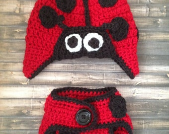 Ladybug hat and Diaper cover