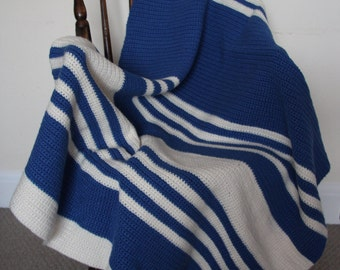 Hand Crocheted chunky blanket/throw
