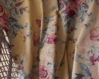 Vintage fabric RALPH LAUREN - ELSA - 1989 - length 1.80 m - width 1.35 m - cotton - furniture - floral - never used.