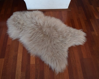 NATURASAN Natural Icelandic Sheepskin / Lambskin Rug | Sheepskin Throw |  Chair Cover | Soft And