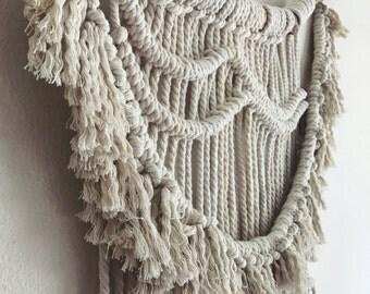 Macramé Wall Hanging / Wall Hanging / Woven Art / Handmade / Home Décor / Bohemian Décor / Large
