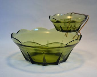 Vintage Green Glass Chip and Dip Set