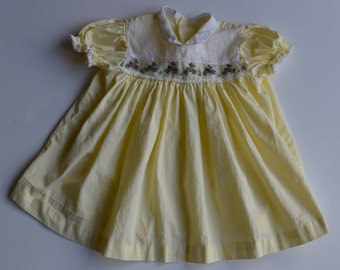 """Vintage 1950's childrens yellow summer dress made by """"Carousel"""" , size 12-18 months"""