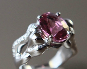 Bague Or Gris Tourmaline Rose et Diamants / White Gold ring with Pink Tourmaline and Diamonds