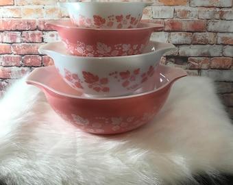 Pyrex Gooseberry Cinderella Mixing Bowls Set of 4 Vintage