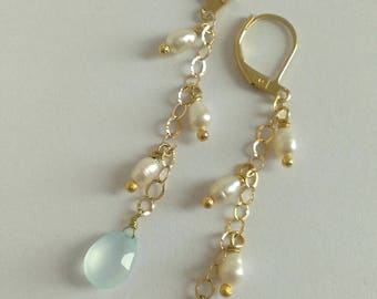 Plated chain earrings gold, pearl beads and chalcedony