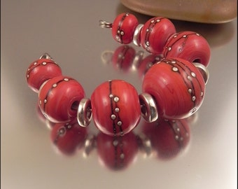 Ginnovations lampwork, Silvered Coral bead set (7 beads)