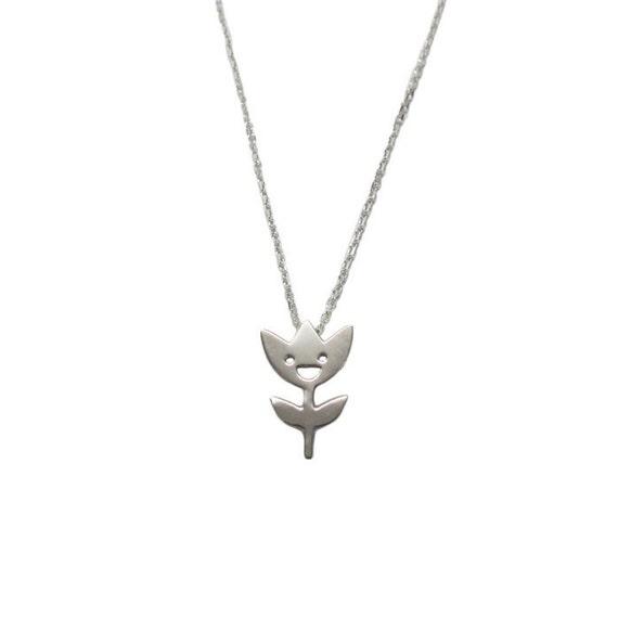 TT the Tulip Necklace
