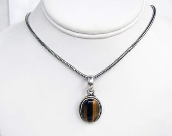 Vintage Sterling Silver Bali Style Wheat Chain with Tiger's Eye Pendant       1279